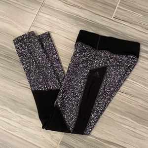 ADIDAS Black and White Patterned Leggings XS